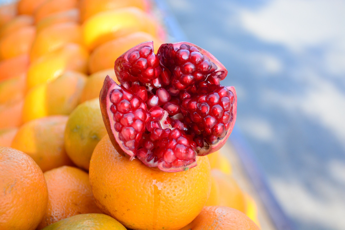 pomegranate-superfood-guide