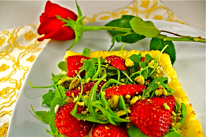 Strawberry, Arugula, Pistachio Pizza with Cauliflower Crust and Cashew Cheese