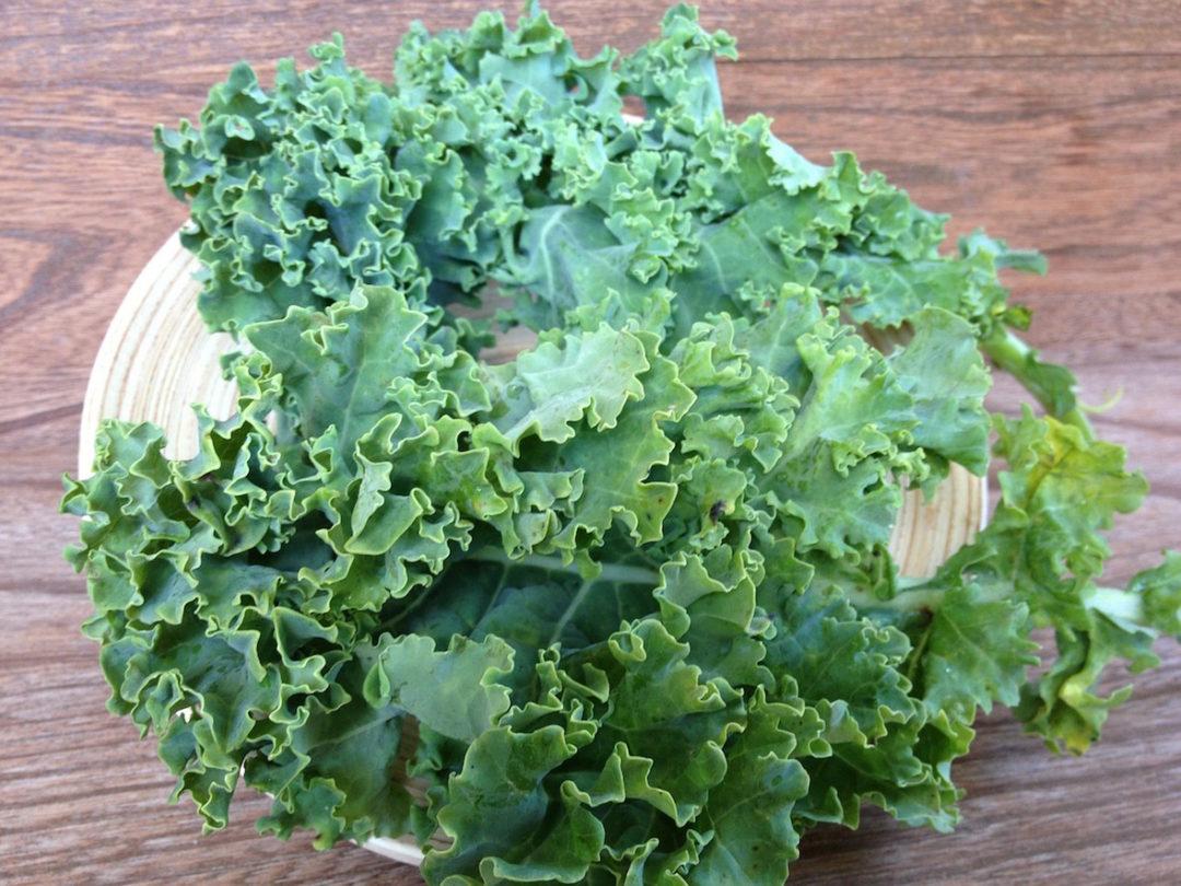 vegan chipotle kale salad