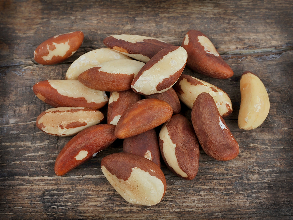 Brazil nuts high in selenium, the anti cancer agent