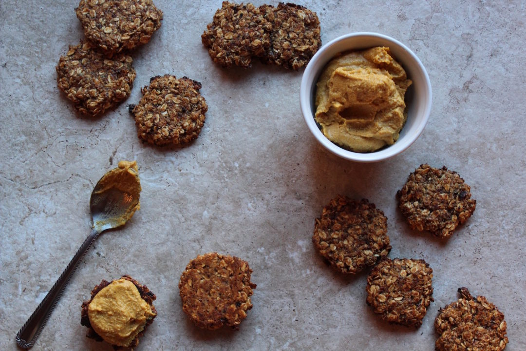 Gluten-free-Oatmeal-Cookies-with-Pumpkin-Frosting-