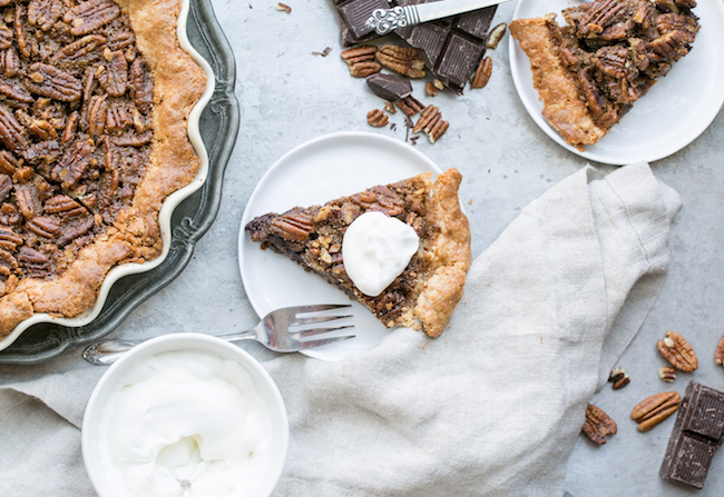 chocolate-pecan-pie-paleo-healthy-thanksgiving-dessert-recipe