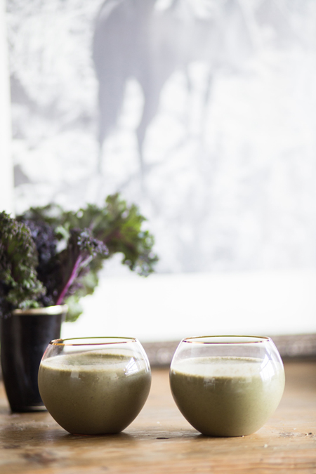 kale-smoothie-heavy-metal-cleanse