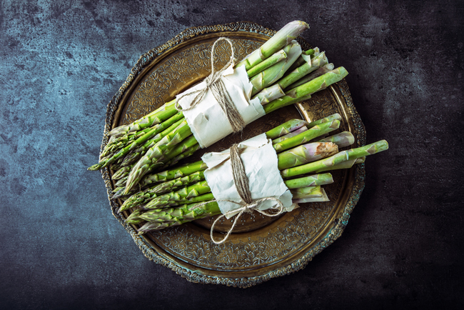 asparagus-iron-rich-food-healing-veggie-bowl