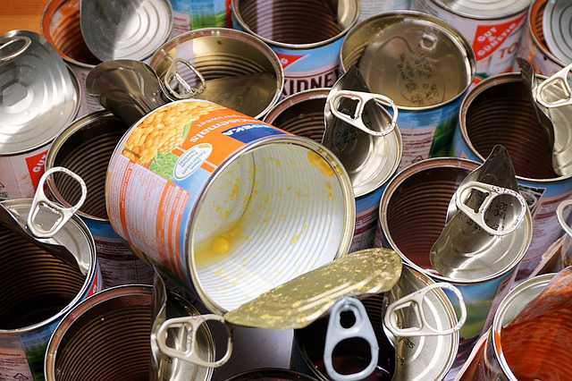 toxins-in-canned-food-bpa-lining